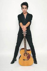 Aviv Geffen guitar